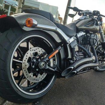 Escapamentos para Harley Davidson Softail Breakout (Até 2017)