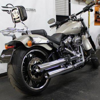 Ponteiras para Harley Davidson Softail Breakout (2018+)