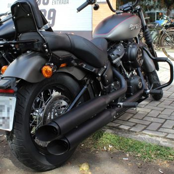 Ponteiras para Harley Davidson Softail Street Bob (2018+)