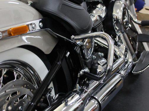 Protetor Traseiro para Harley Davidson Deluxe (2018+) Cromado