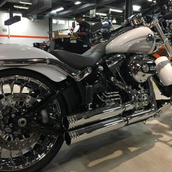 Escapamento para Harley Davidson Breakout (Até 2017) – Projeto Especial