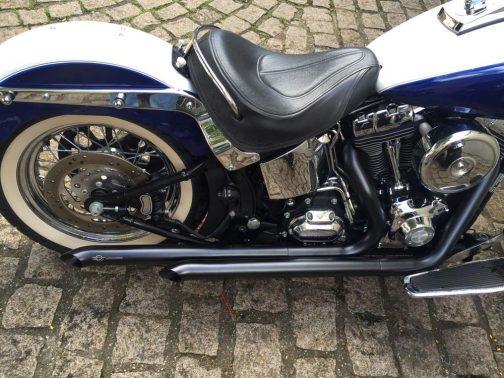 "Escapamento para Harley Davidson Deluxe (Até 2017) 2.5"" Pata de Vaca T-Black"