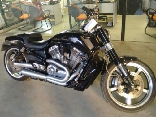 Escapamento para Harley Davidson V-Rod Muscle 2x1 Cônico Cromo Acetinado