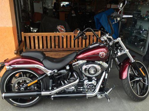 Guidão para Harley Davidson Breakout 14 polegadas preto