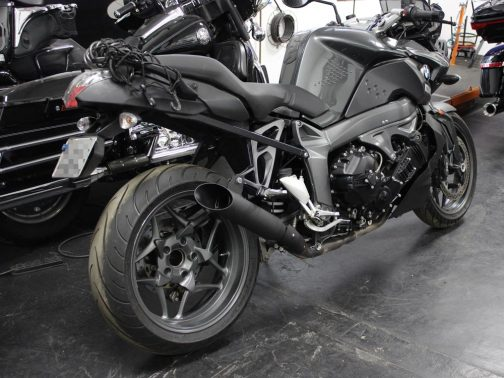 """Ponteiras para BMW K1300 R 3"""" Corte Lateral T-Black. Projeto Especial."""