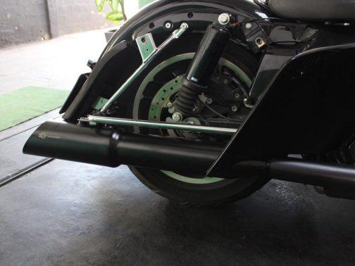 """Escapamento para Harley Davidson Touring Street Glide 5"""" Canhão Pretas com corte Angular"""