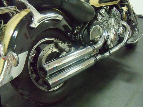 """Ponteiras para Yamaha Royal Star 3"""" Corte Reto Cromadas com Terminais Pretos"""