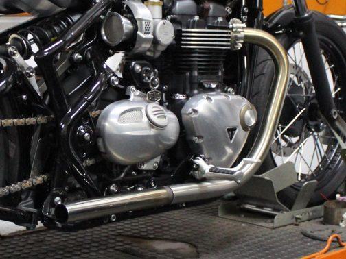 Ponteiras para Triumph Bobber em Inox